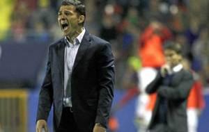 Constantin Galca da instrucciones durante un encuentro del Espanyol