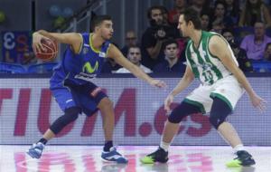 Lorbek defiende a Jaime Fern�ndez en un Estu-Betis
