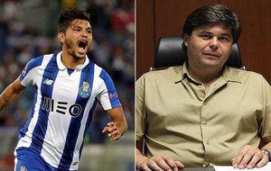 'Tecatito' Corona y Nicol�s Marteloto.