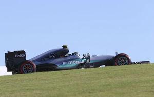 Nico Rosberg, durante los entrenamientos libres del GP de Estados...