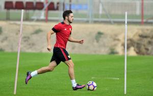 Pablo Sarabia, en un entrenamiento con el Sevilla.