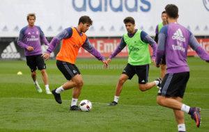 Lucas Silva, en el entrenamiento del Madrid.