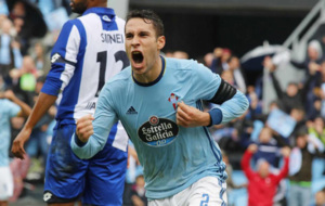 Hugo Mallo, celebrando su gol ante el D�por.
