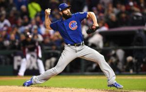 Jake Arrieta fue clave en la victoria de los Cubs antes los Indians.