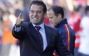 Luis García celebra un gol en la banda del Ciutat de Valencia