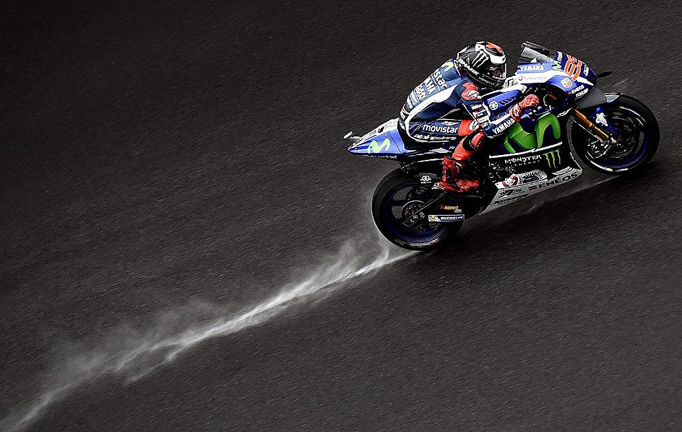 Jorge Lorenzo, en la misma décima de Valentino Rossi, pese a la pista...