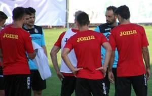 José Bordalás, durante un entrenamiento, va recuperando efectivos