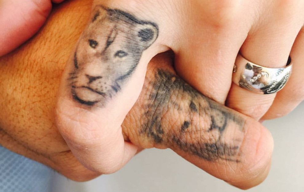 Luis Suarez And His Wife Get Lion Finger Tattoos Marca In English