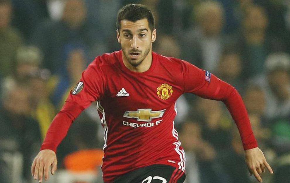 El jugador en un partido con el Manchester.