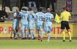 Celebración del gol de Roger ante el Reus.
