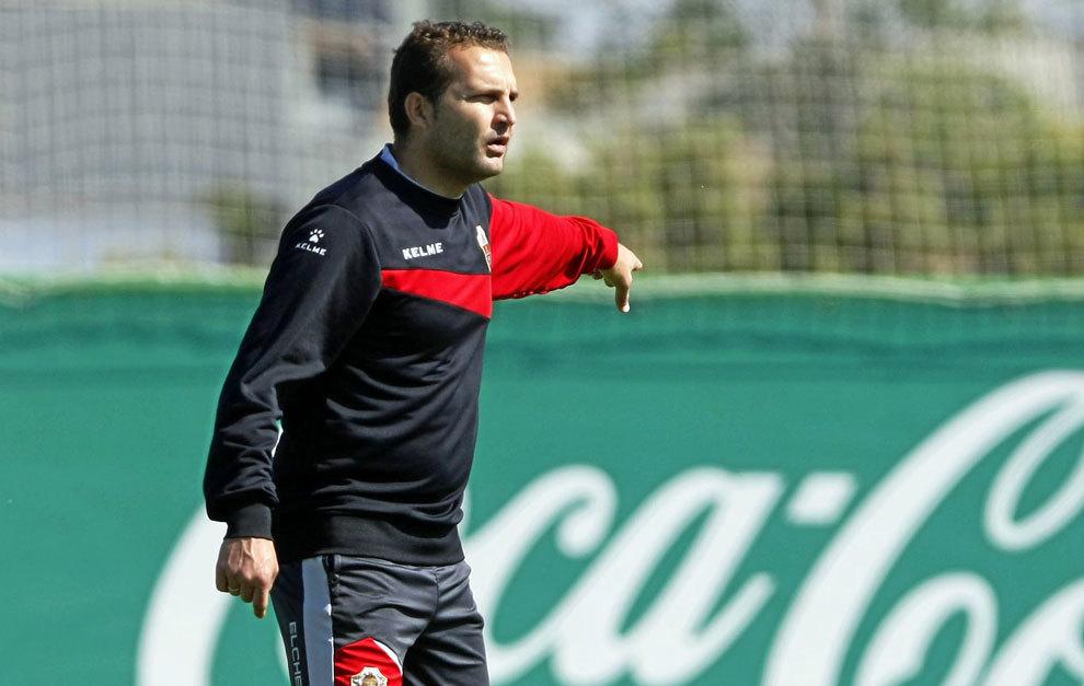 Rubén Baraja, durante un entrenamiento con el Elche la pasada...