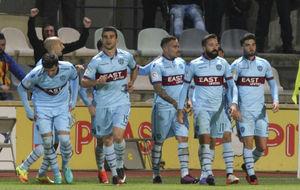 Los jugadores del Levante celebran el último gol ante el Reus