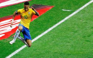 Neymar celebra su gol a Argentina.