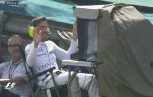 Alonso opera una cámara de televisión durante los Libres 2.