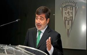 Carlos González durante una rueda de prensa.
