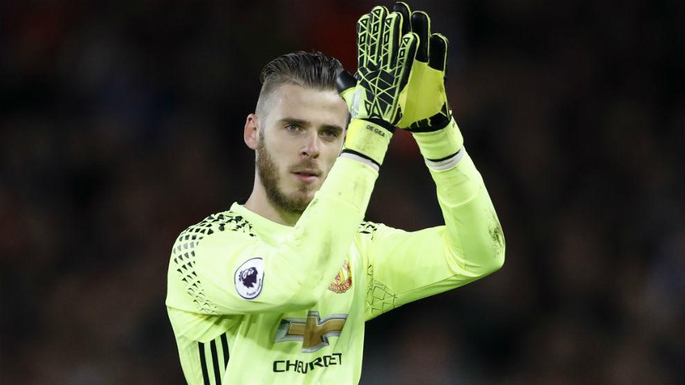 De Gea aplaude a la afición del Manchester United