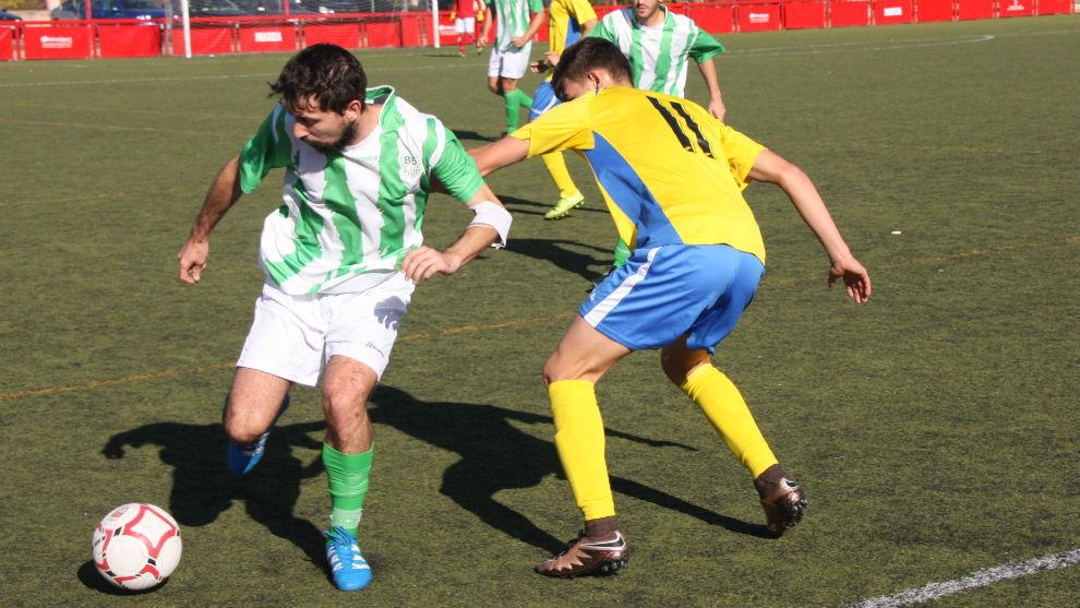 Juanpe, capitán del Betis San Isidro, y autor del primer gol.