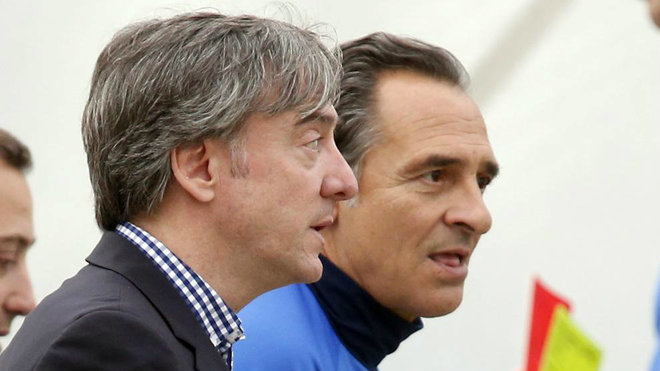 Prandelli y García Pitarch, en la ciudad deportiva de Paterna.