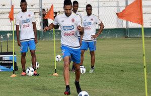 Falcao, entrenando con Colombia en San Juan.