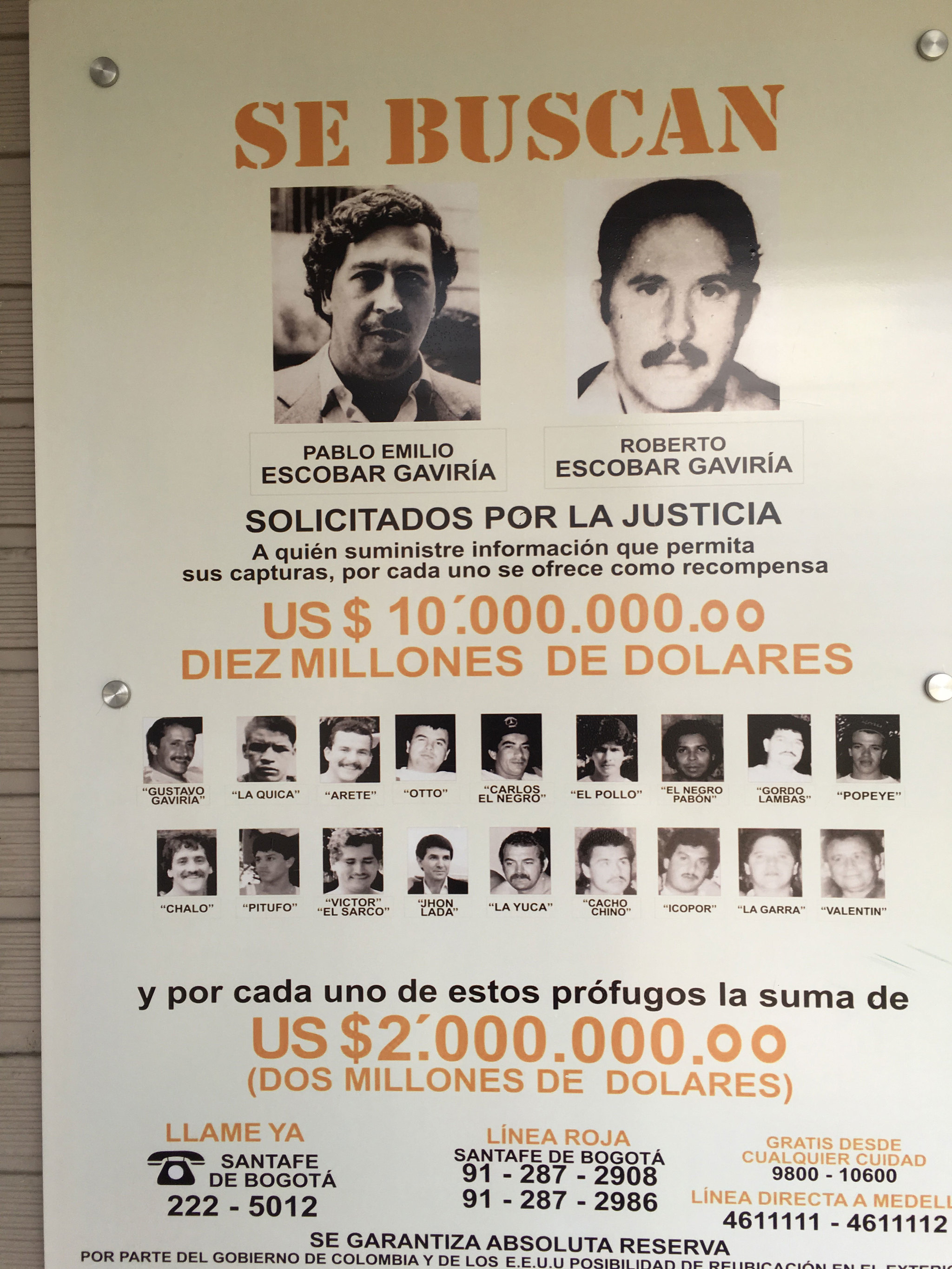 medellin cartel and pablo escobar Though el padrino was the face of the organization, there's so much more to the medellin cartel than just pablo escobar.