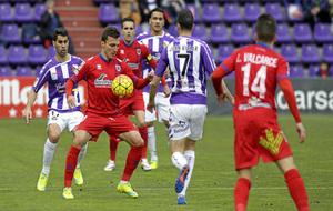Choque entre Valladolid y Numancia el pasado febrero en el Zorrilla.