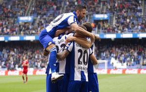Los jugadores del Deportivo celebrando el segundo gol