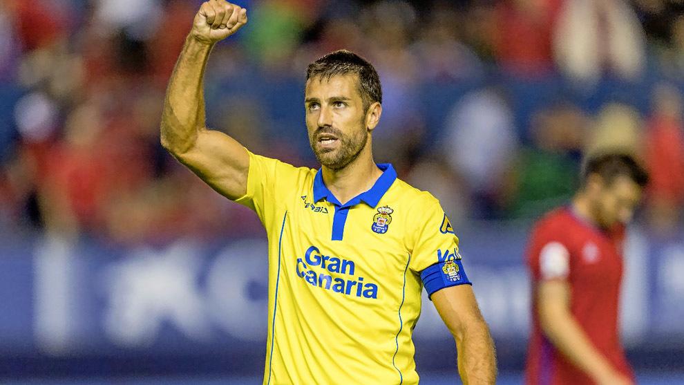 David García celebra el gol que anotó esta temporada en El Sadar...