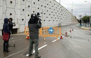 Imagen del acceso cortado a la Ciudad Deportiva del Valencia.