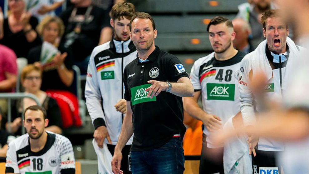 Dagur Sigurdsson, en un partido al frente de la selección alemana.