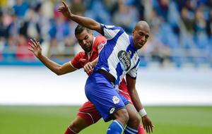 Babel en un partido contra el Sevilla en Riazor.