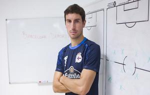 El centrocampista del Deportivo en las instalaciones deportivas de...