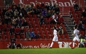 Ivi, autor del primer gol del Sevilla Atco., pasó de héroe a villano...