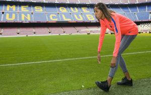 Yulimar Rojas se dispone a iniciar la carrera de salto en el Camp Nou