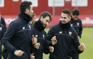 Iborra, Pareja y Vitolo, en el entrenamiento de este viernes.