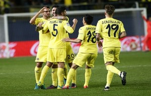Los jugadores del Villarreal celebran un gol en El Madrigal