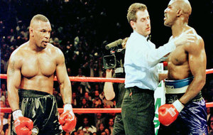 Mike Tyson, durante su combate contra Holyfield