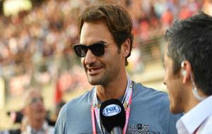 Federer habla con una cadena televisiva en Abu Dabi