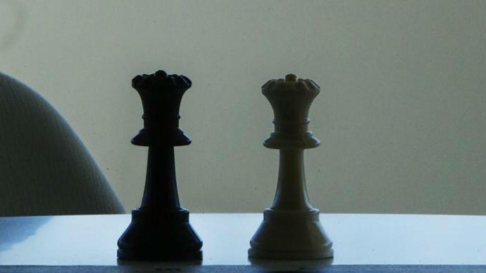Piezas de ajedrez en una imagen de archivo.