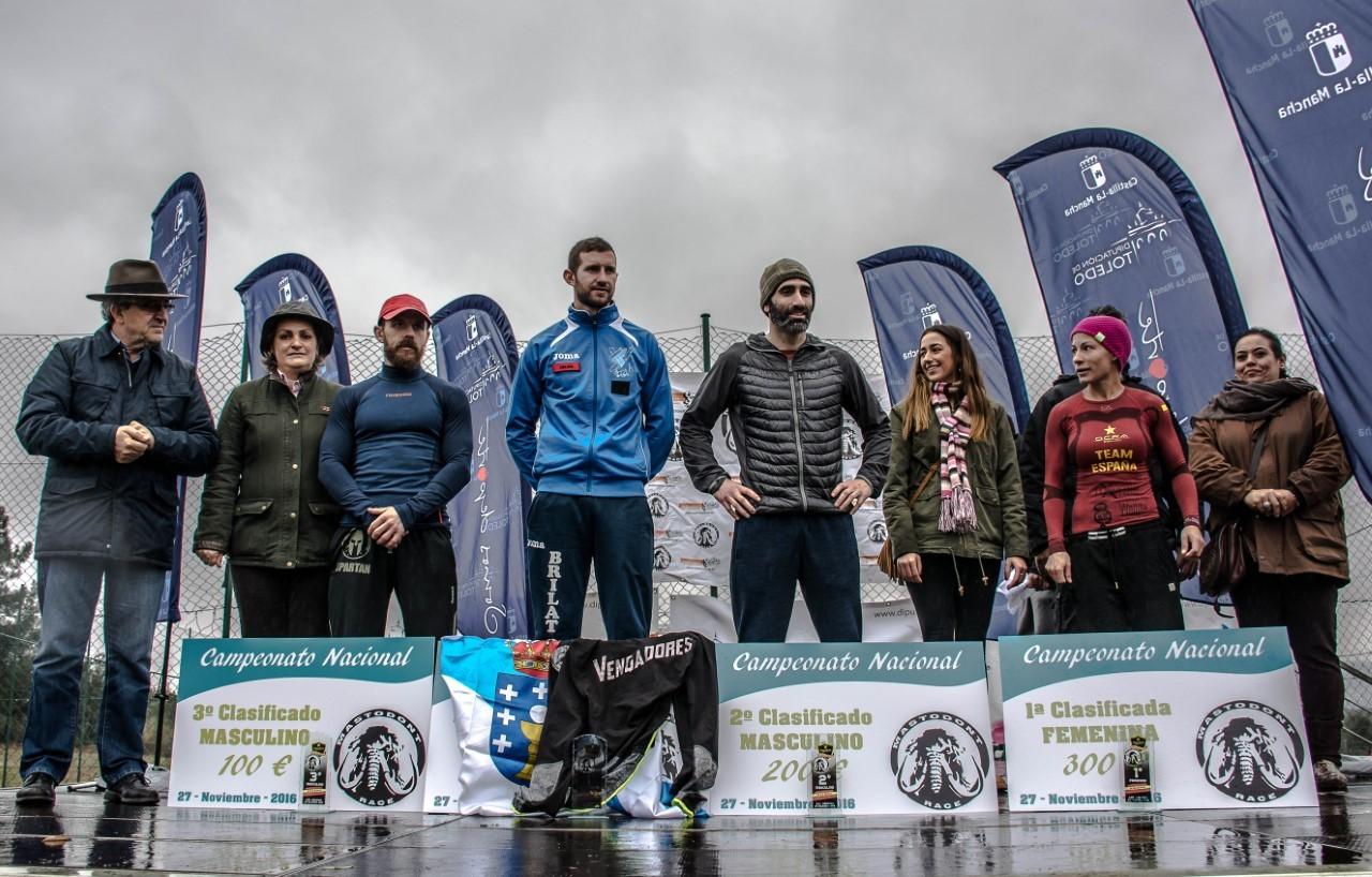 El podio masculino y femenino del Campeonato de España.