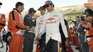 Carlos Sainz junto a Max Verstappen.
