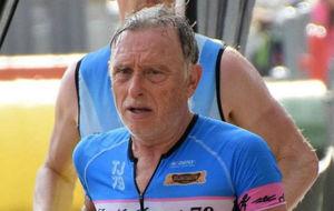 Josep Marín, disputando el Ironman de Barcelona.
