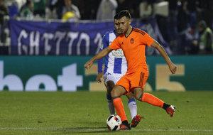 Munir avanza con el balón durante el partido de Copa del Rey en...