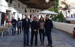 El alcalde Rafael Vargas, la concejala Leonor Romero, Joaquin Cuevas y...