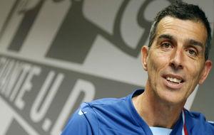 López Muñiz posa para MARCA antes de la entrevista.