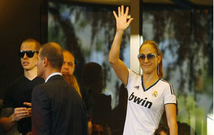 Real Madrid: Jennifer Lopez
