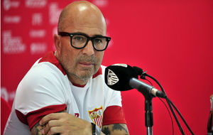 Sampaoli (56), en rueda de prensa en la Ciudad Deportiva.