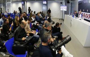 Los medios de comunicación en la última rueda de prensa de Zidane...