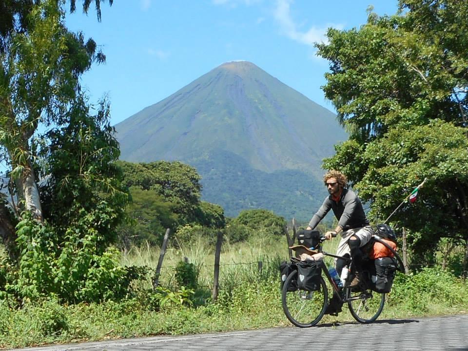 Javier Colorado, en Sudamérica.