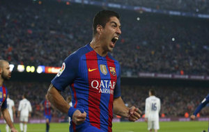 Luis Suárez celebra su gol ante el Madrid.
