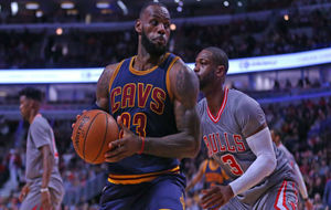LeBron James defendido por Dwyane Wade